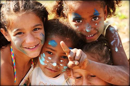 看看非洲孩子们的震撼笑脸(图)